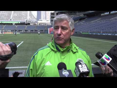 Interview: Sigi Schmid on Dynamo Coach Owen Coyle and having a healthy roster