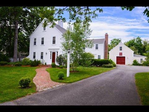 Restored Farmhouse in Duxbury, Massachusetts