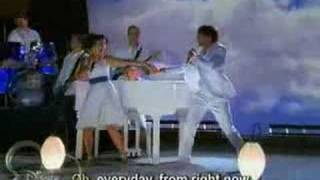 ♪♪♪ Everyday - High School Musical 2 Cast ♪♪♪ w/ lyrics