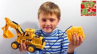✔ Машинки - Экскаватор. Игрушки для детей. Игры для мальчиков. Сюрприз от Игорька. Excavator Toys ✔(Привет, Ребята! Встречайте обзор машинки - Экскаватор с нашим другом Игорьком. Сегодня Вы узнаете, как..., 2015-11-06T09:50:08.000Z)
