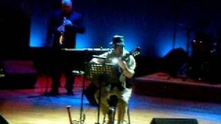 Ilham Al Madfai singing Mawtiny in Betlehem