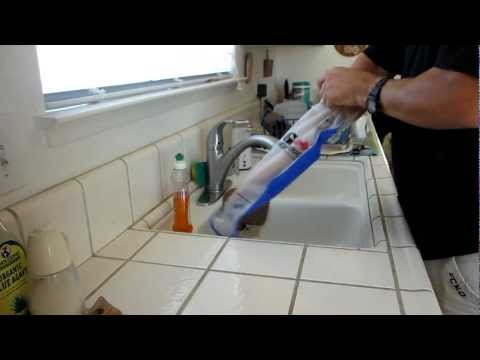 Cleaning the Geigerrig Hydration Bladder