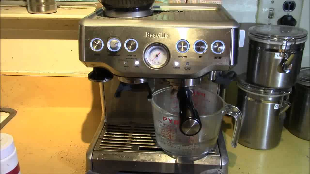 Breville Coffee Maker Descale Reset : Breville BES870XL - Barista Express - Descaling chemex coffee maker - YouTube