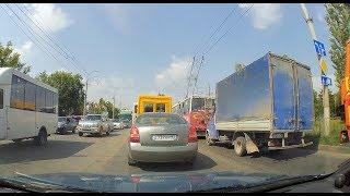 Из за повышенного трафика в Керчи затруднено движение