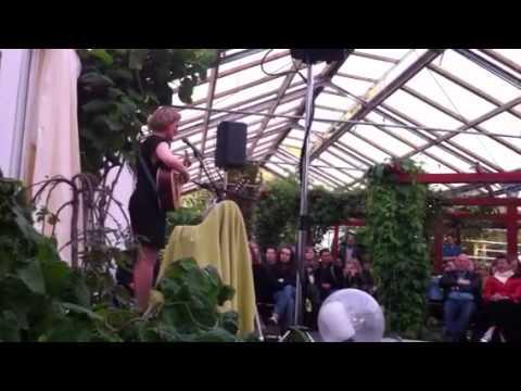 Olöf arnalds - live @ flora café, Reykjavik Island