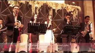 Edie Brickell - Good Times at Grand Ballroom Kempinski Hotel Jakarta ( Red Velvet Entertainment )