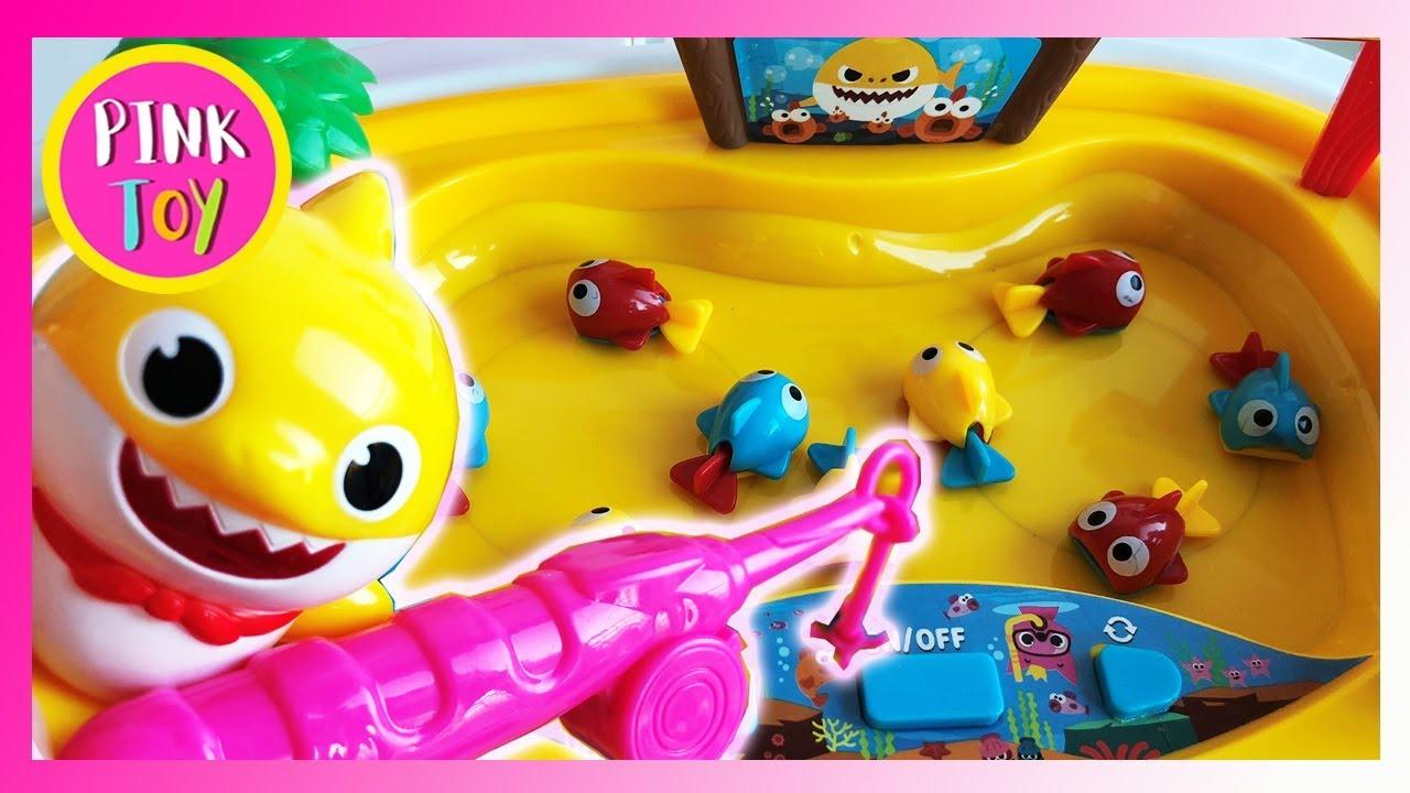 Awesome PINKFONG Shark Family Fishing Play Set, 핑크퐁 상어가족 낚시놀이 (핑크토이 pink toy)