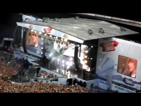 Usher - OMG (LIVE) 2010 Summertime Ball Capital FM (HD)