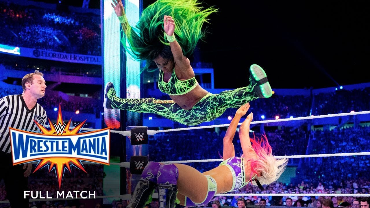 Download FULL MATCH - SmackDown Women's Title Six-Pack Challenge: WrestleMania 33