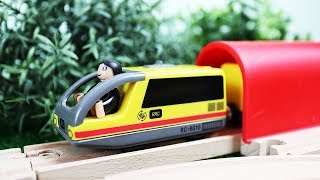Train for kids - train videos - Toys and videos for kids - Wooden railway with trains