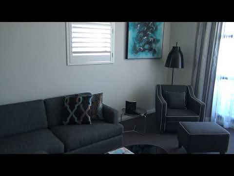 Avenue Hotel, Canberra, Australia: One Bedroom Apartment After Housekeeping