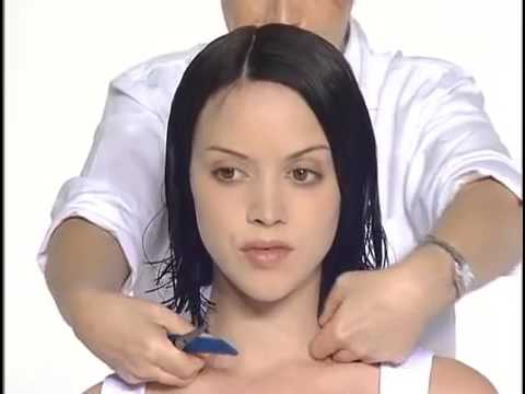 layered haircut for medium hair women / vidal sassoon haircuts