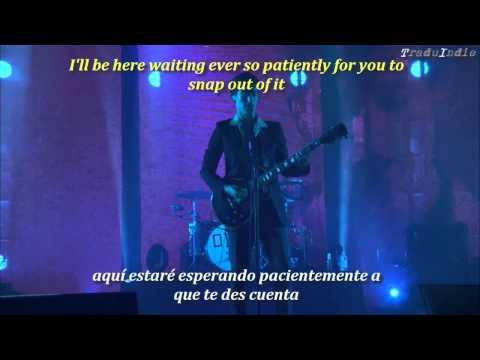 Arctic Monkeys -Snap out of it (inglés y español)