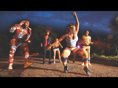 dj-maphorisa-nayi-le-walk-dance-(shot-by-omfilms)