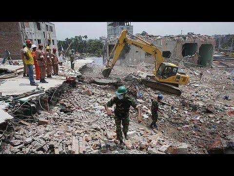 Bangladeş'te 17 gün sonra gelen mucize