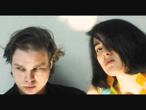 Damon and Naomi - Walking Backwards