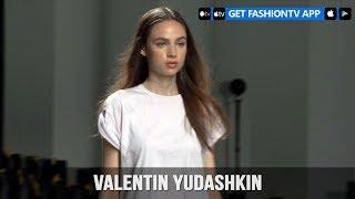 Paris Fashion Week Spring/Summer 2018 - Valentin Yudashkin Make Up | FashionTV