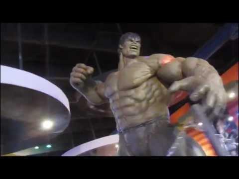 Marvel and DC Comics Restaurant Bar [720 HD]