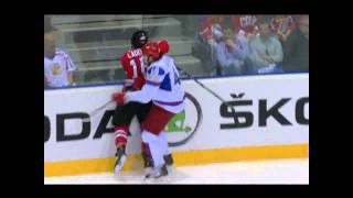 ARTYUKHIN HITS LADD (Canada - Russia) World Championship 05/12/11