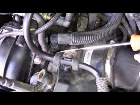 Ford focus 2005  PCV hose change  Duratec engine  YouTube