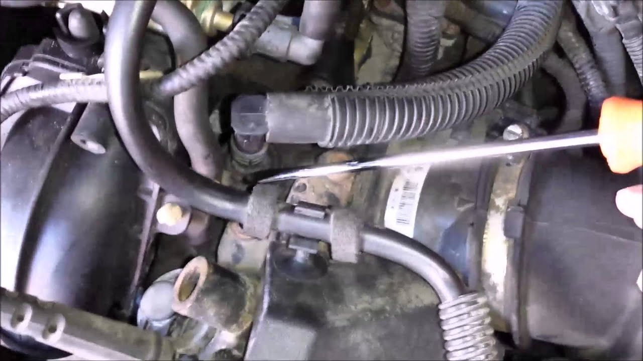 Ford focus 2005  PCV hose change  Duratec engine  YouTube