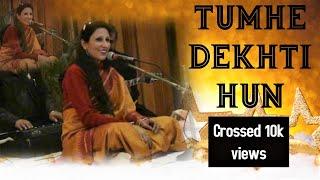 Simrat Chhabra performing Tumhen Dekhti Hoon, To Lagta Hai Aise