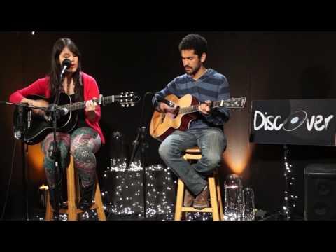Sofia Savietto e João Filipe - Sweater Weather (cover)