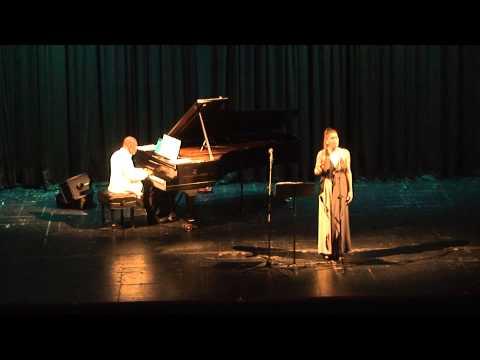 ave-maria--luis-lugo-piano&-ana-magiar---teatro-san-martin-libertador-cordoba