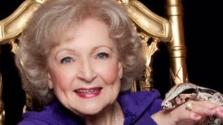"Betty White Sings OFFICIAL ""I"