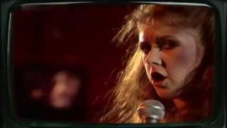 Kirsty MacColl - There