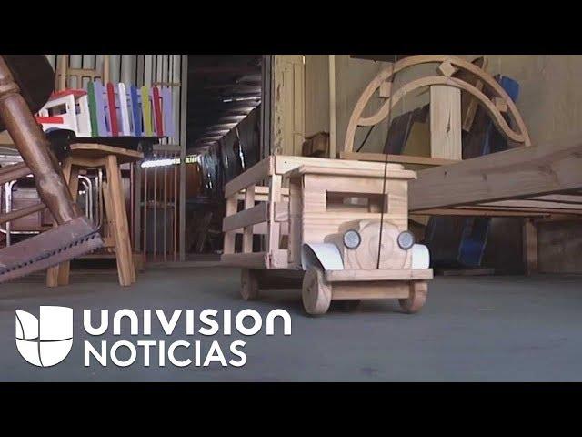 Juguetes de madera, una opción para alegrar la Navidad de niños en Venezuela ante la crisis del país