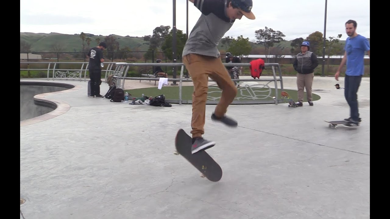 foto How to Land Simple Skateboard Tricks