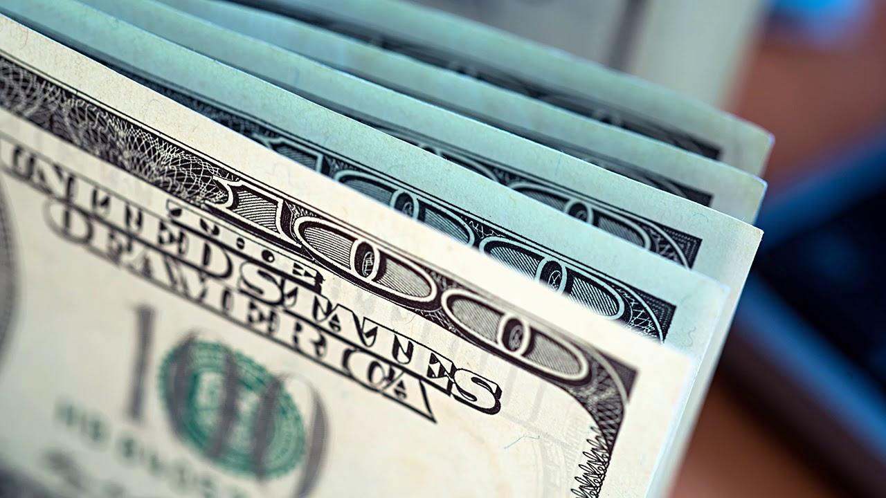 В какой день лучше всего отдавать долги, деньги?