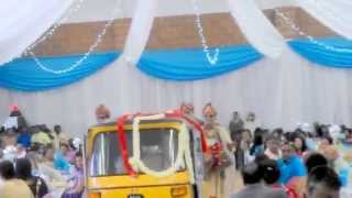 TUK TUK BRIDAL INDIAN WEDDING ENTRANCE BY PRAVESH KHELAWAN