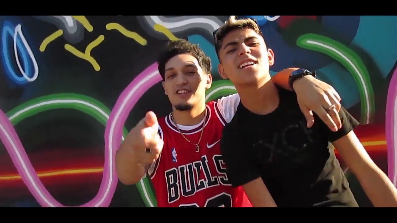 Chambea - Androide El Menor Ft. Young Caris (Official Video)
