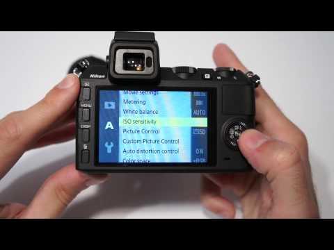 Nikon 1 V2 hands-on