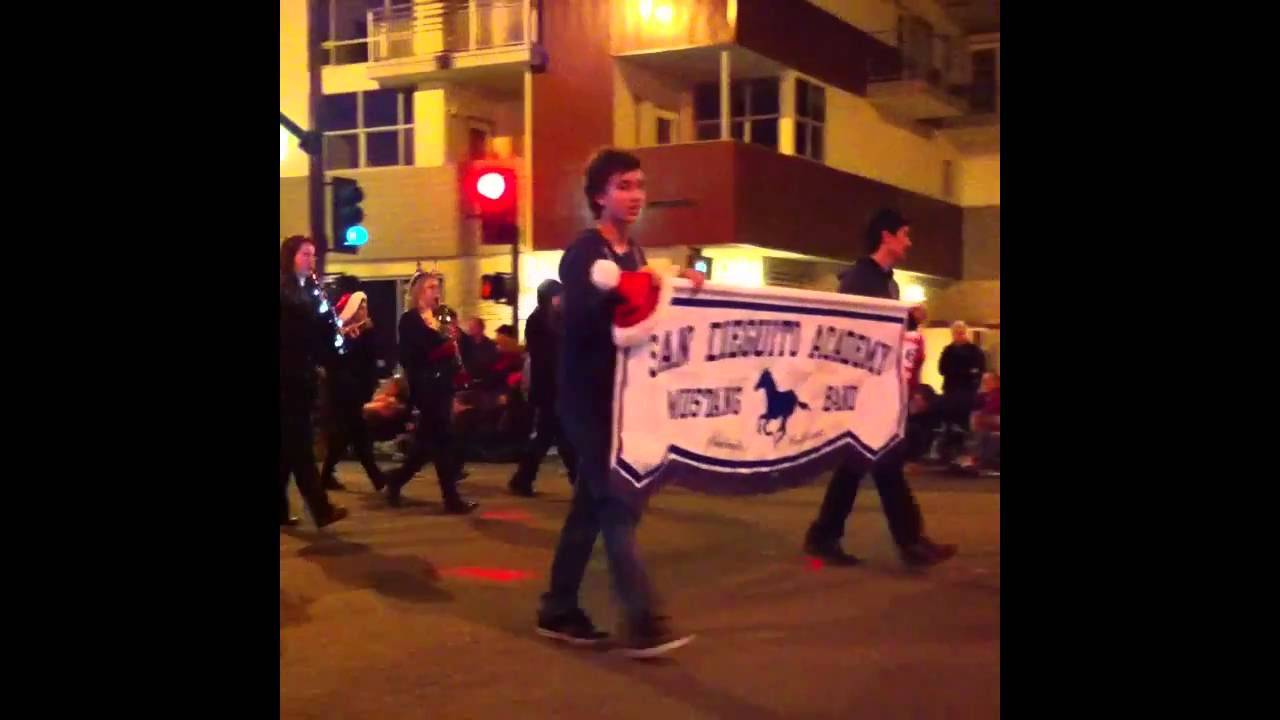 Encinitas Christmas Parade 2010 - YouTube