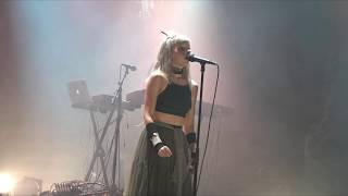 AURORA - Through the Eyes of a Child (Stavanger, 16.12.2017)