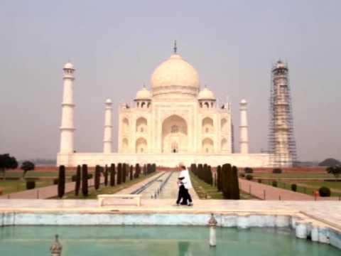 Israeli President Reuven Rivlin visits India's iconic Taj Mahal