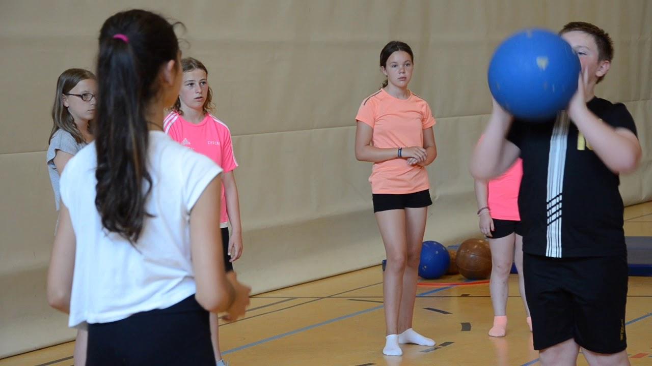 Fitnessübungen Schule