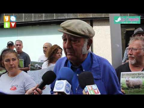 Guillermo Cana pide a la Junta de Andalucía una solución para sus cabras