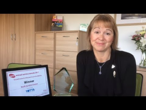 Chief Exec Elma Murray congratulates the Council's award-winning staff
