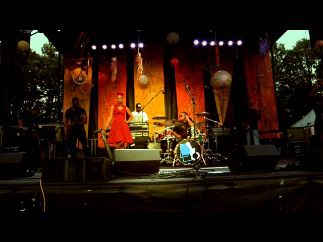 Queen Ella & Band LIVE @ Maplewoodstock 2015