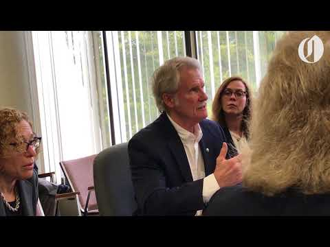 Former Gov. John Kitzhaber tells ethics officials that he didn't misuse his office