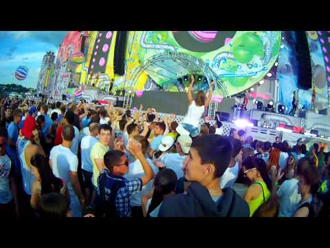 Zedd - Find You ft. Matthew Koma, Miriam Bryant (Played by Dash Berlin) @ FRUIT VIBRATIONS 2014