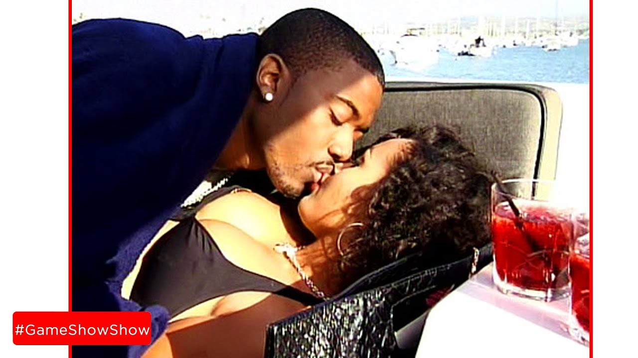 kim kardashian and ray j kiss
