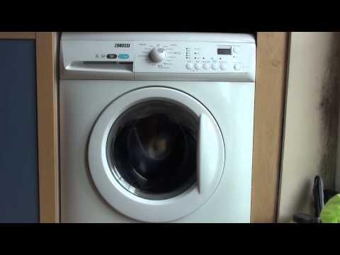 Zanussi AquaFall ZWHB7160 : Cotton Quick : Final spin 1600rpm (8 of 8)
