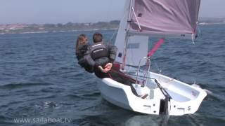How to tack (turning around) a two person sailing boat - Tacking is the technical name for turning
