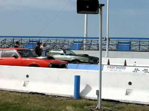 1972 460 ford torino vs 1970 351c maverick 11 second drag race 1972 460 ford torino vs 1970 351c maverick 11 second drag race sciox Choice Image