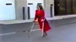 Repeat youtube video Amputee woman in red dress - YouTube